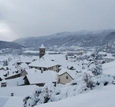 El pou, la neu i la bellesa